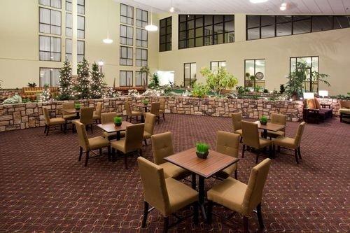 Holiday Inn Sheridan 002