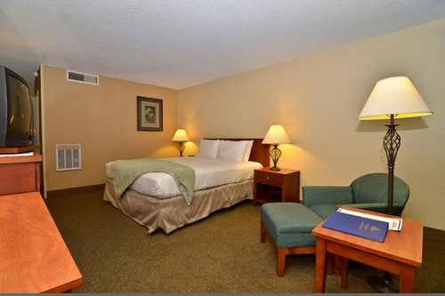 Best Western Airport Inn PHX 004