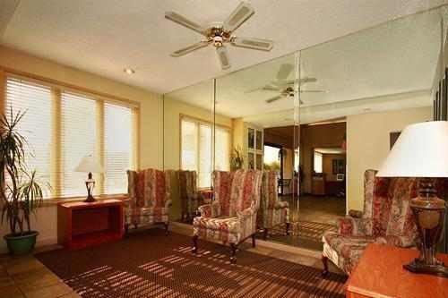 Clarion Hotel Phoenix Tech 002