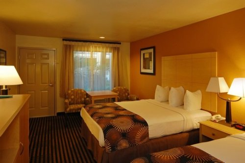 Best Western Palm Court Inn 004