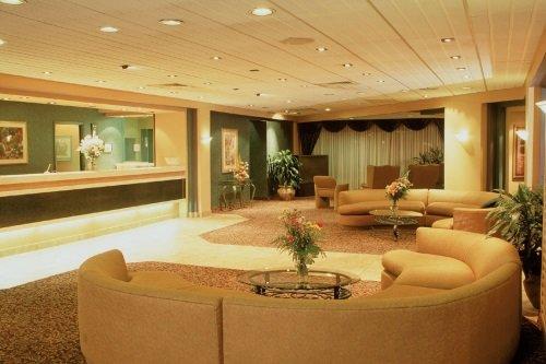 Le Nouvel Hotel & Spa 002