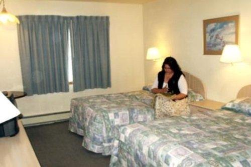 Golden Bear Motel 002