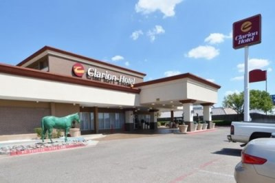 Clarion Hotel Amarillo 001