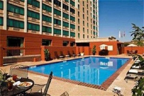Crowne Plaza Hotel Memphis Downtown pool