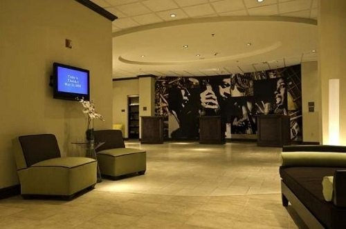 Crowne Plaza Hotel Memphis Downtown lobby