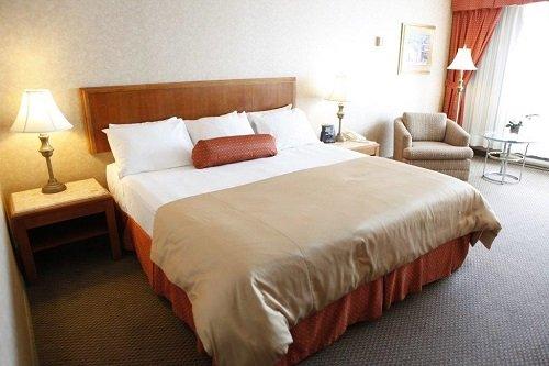 Hotel Gouverneur Place Dupuis room