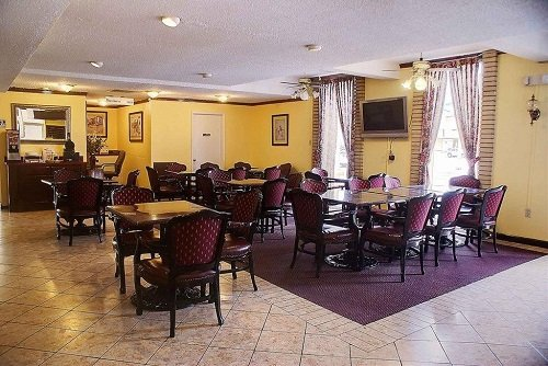 Best Western Inn of Del Rio breakfast area