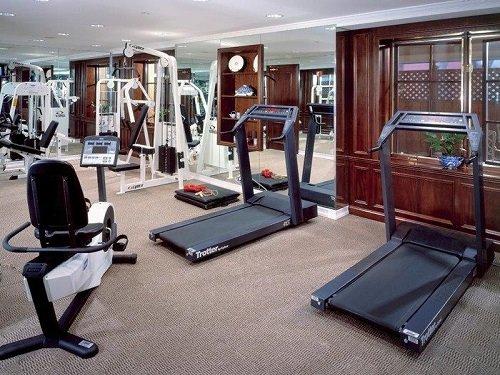 Excelsior Hotel gym