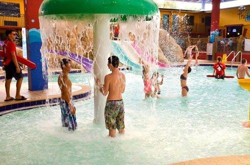 coco key water resort orlando waterpark 1