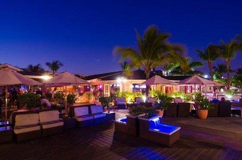 Beachcomber Beach Resort Hotel sundeck 2