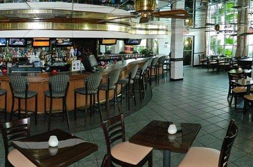 Beachcomber Beach Resort Hotel bar restaurant