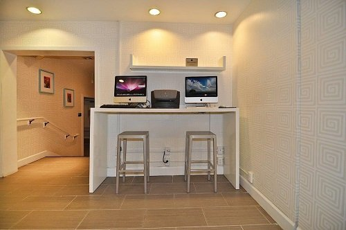 Best Western Plus Americania Business_Center