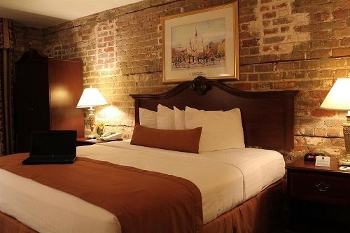 Best Western Plus St. Christopher Hotel room 2