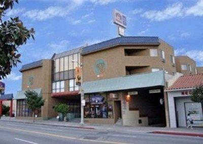 Best Western Dragon Gate Inn building