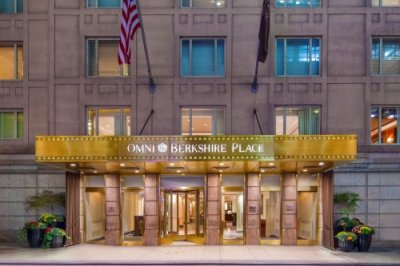 Omni Berkshire Place Hotel gebouw