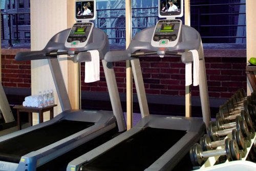 Omni Berkshire Place Hotel gym