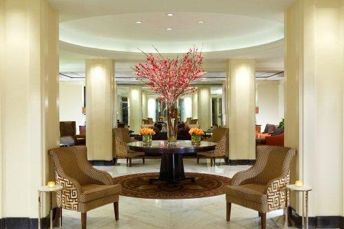 Omni Berkshire Place Hotel lobby