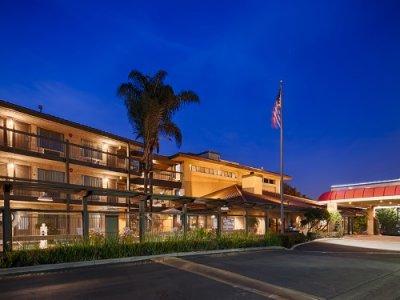 Best Western PLUS Executive Inn buitenkant