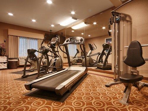 Best Western PLUS Executive Inn gym