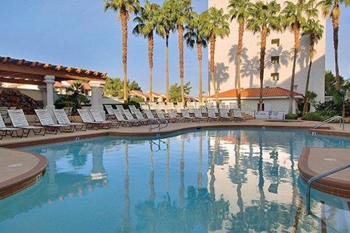 Gold Coast Hotel zwembad