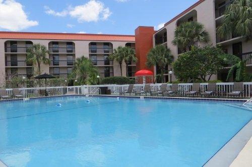 Grand Hotel Orlando lounge zwembad
