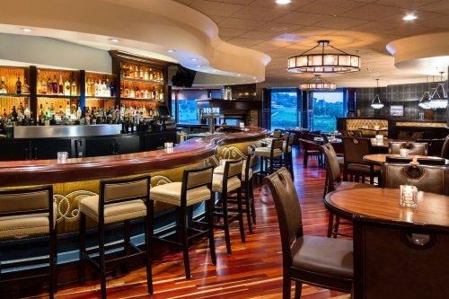 Marina Inn Hotel bar