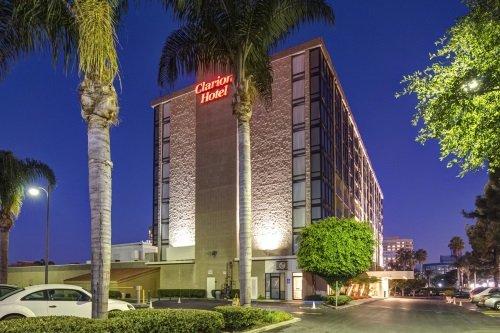 Clarion Hotel Anaheim Resort buitenkant