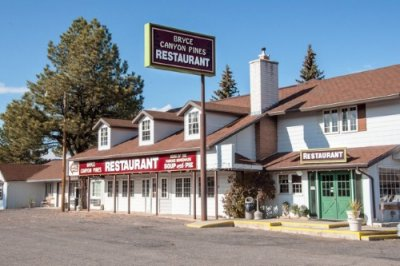 Bryce Canyon Pines Motel buitenkant
