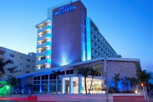 Best Western Atlantic Beach Resort buitenkant