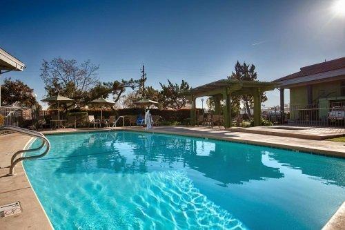 Best Western Village Inn zwembad