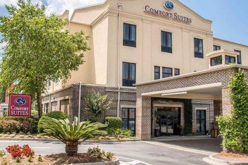 Comfort Suites Historic District buitenkant