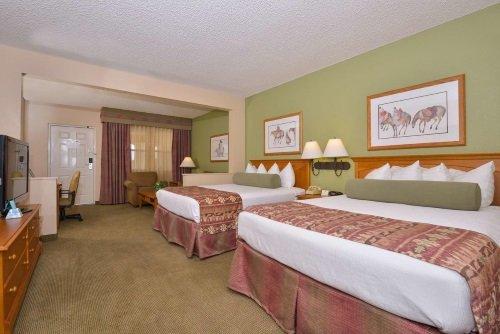 Best Western Plus King Inn and Suites kamer