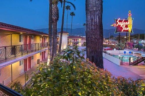 Safari Inn Hotel buitenkant