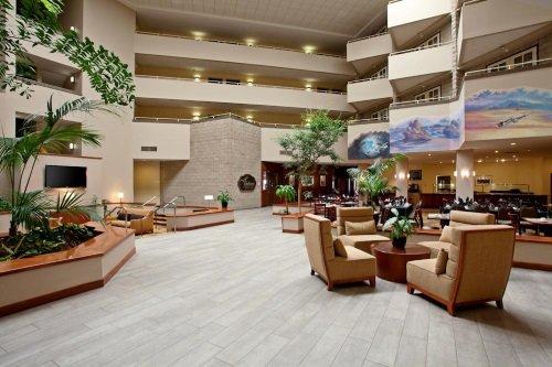 Radisson Hotel Santa Maria lounge