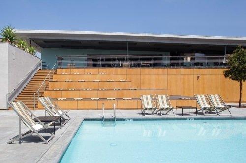 Custom Hotel LAX zwembad