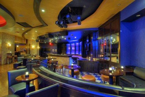 Harrah Reno bar