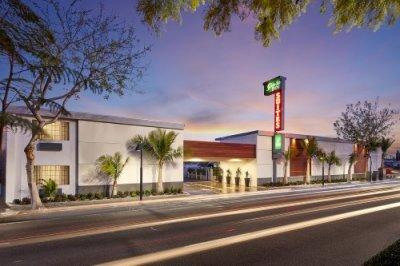 Studio Inn Downey buitenkant