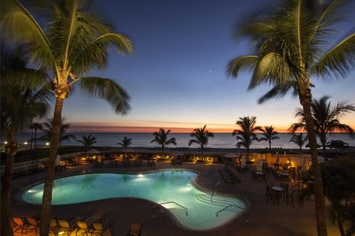 Lido Beach Resort zwembad zonsondergang