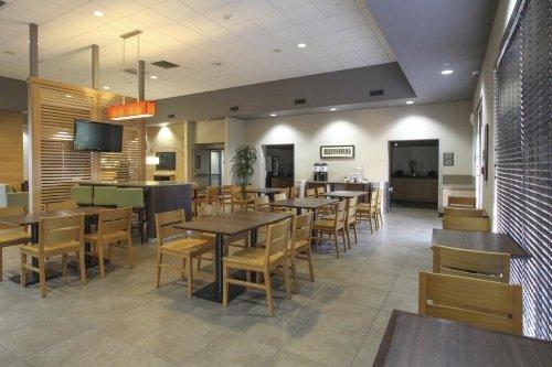 GreenTree Inn & Suites Phoenix ontbijtruimte