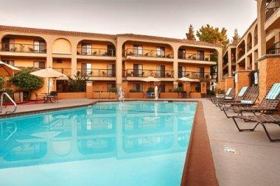 Best Western Plus Heritage Inn zwembad