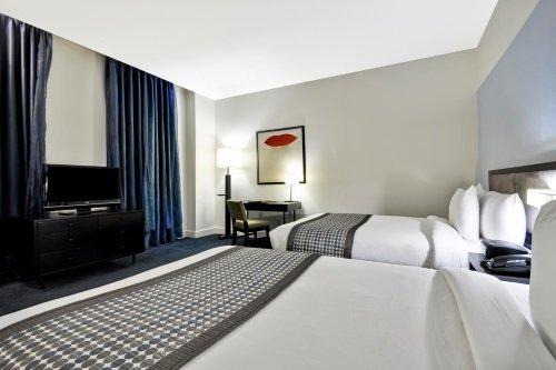 The Dylan Hotel NYC kamer met 2 bedden