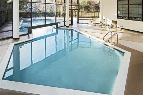 Hotel Alexandria Mark Centre zwembad