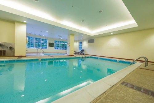 Hampton Inn en Suites Vicksburg binnenzwembad