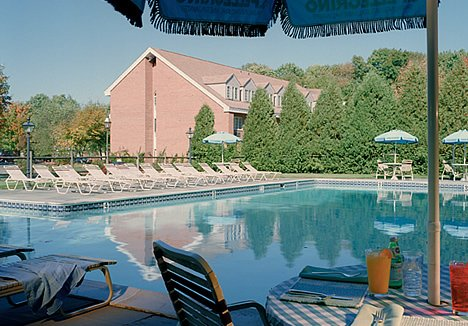 Avon Old Farms Hotel 03.[2]