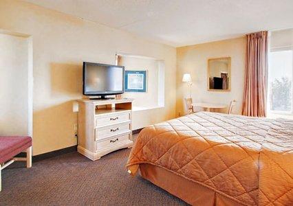 Comfort Inn Alexandria 03.[1]