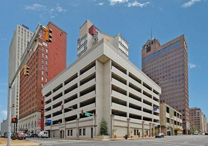 Comfort Inn Downtown Memphis 01.[1]