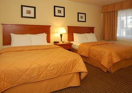 Comfort Inn Monterey by the Sea 02.[1]