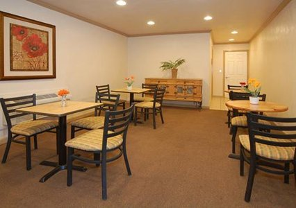 Comfort Inn Monterey by the Sea 05.[1]