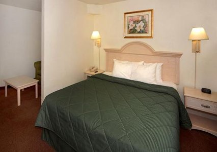 Comfort Inn Pensacola 03.[1]