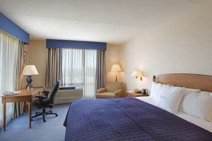 DoubleTree Club Hotel Boston Bayside  04.[1]